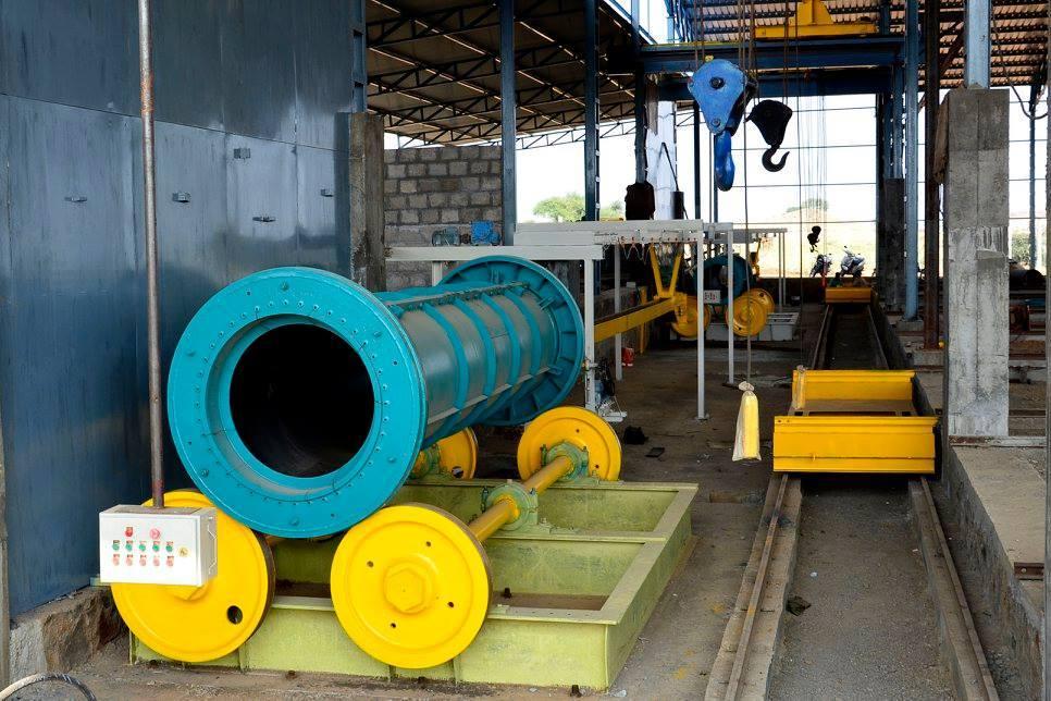 BM-Engineering-Horizontal-concrete-pipe-machine-1