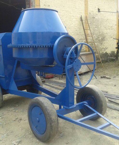 BM Engineering concrete mixer - 1